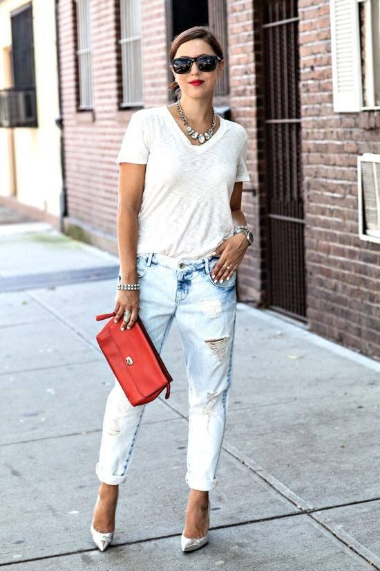 Can't go wrong with a simple white tee with a sparkly necklace to add some glam to this distressed look!