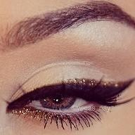 The Golden Cat Eye- inspiration for Saturdays Glam Look